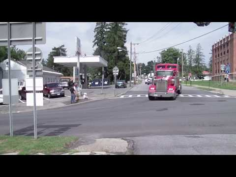 Guiness Book Of World Records - World's Longest Convoy Drives Through Schuylerville, N.Y.