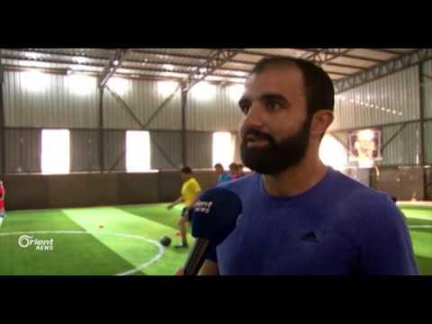 لاعب كرة القدم عبد الإله الحموي من الرياضة لدهن الحيطان  - 20:20-2017 / 7 / 23