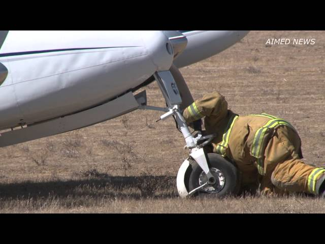 Plane makes emergency landing at French Valley Airport
