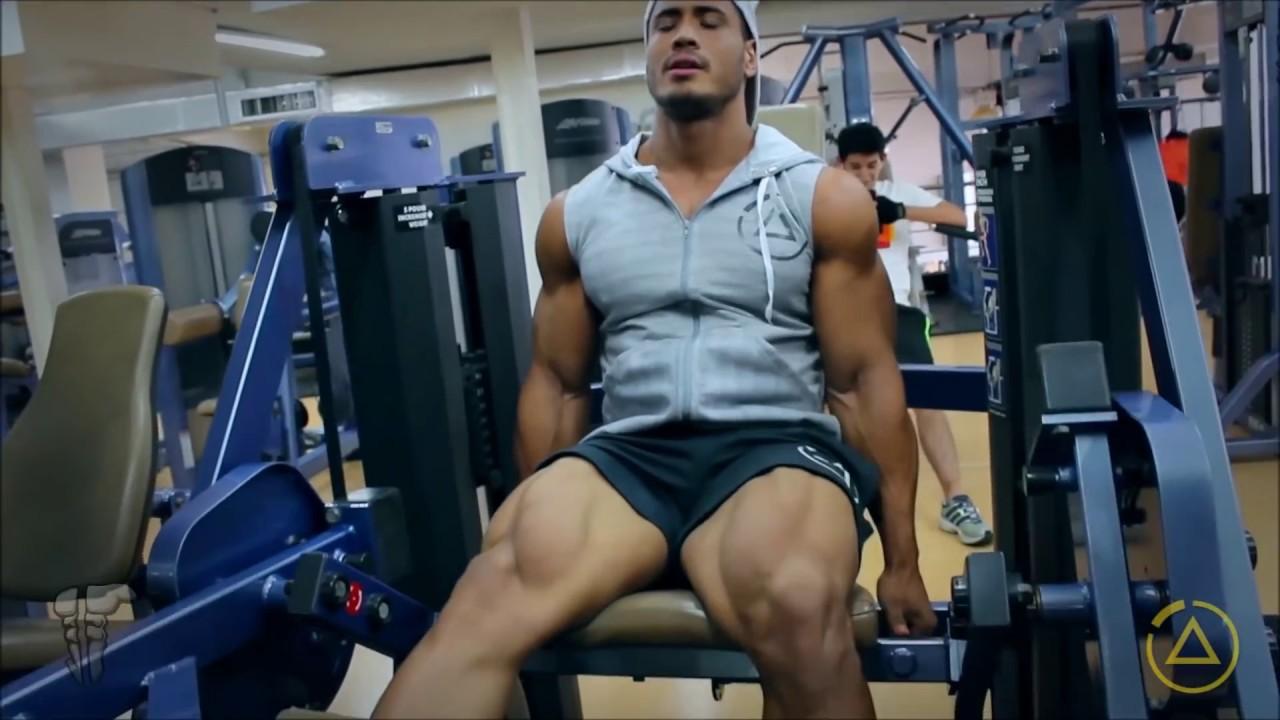 Julian Tanaka - Rutina de piernas y pantorrillas
