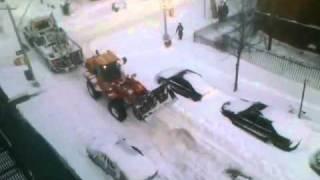 NYC Sanitation tearing up cars - On Purpose!