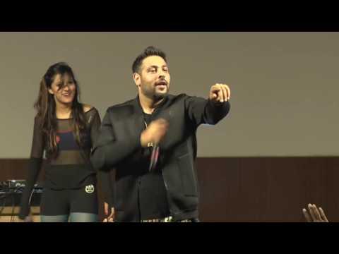 Badshah, Astha Gill Live Performance concert New Delhi 2016