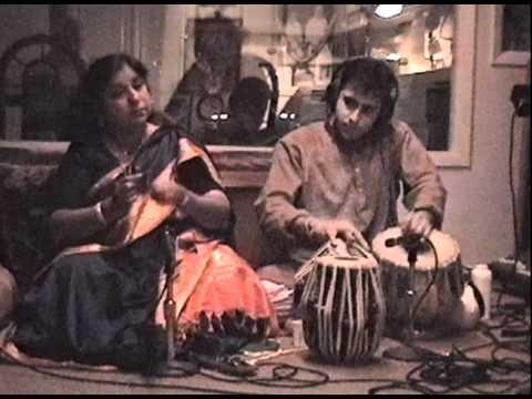 Devotional singing, bhajans, and kirtans at Satsang Foundation