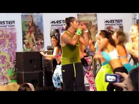 Pegate mas-Mario Zumba in Italy