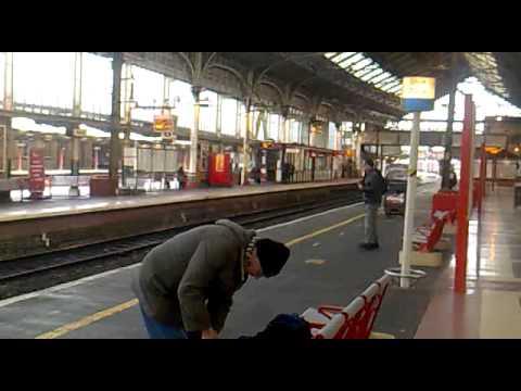 The Venice Simplon-Orient Express (VSOE) @ Preston Station 16/02/2012  - Red Rose Leisure