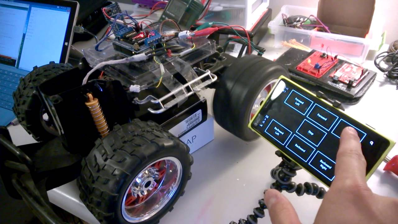 Windows phone controlling homemade arduino rc car via