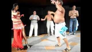 Виталик зажигает на танц.поле. Турция, анимация отеля(Уроки