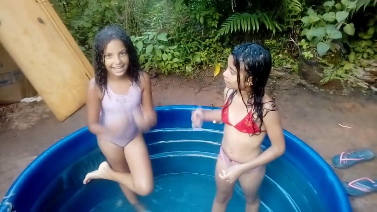 8 coisas que toda criança gosta de fazer numa piscina  1(bônus)