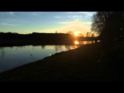 Sonnenuntergang im Zeitraffer: Schwerte an der Ruhr mit Moai