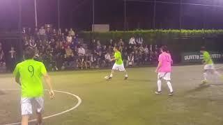 Francesco Totti vince il torneo di calcetto dell'Aniene. Due assist in finale, in gol anche Malagò