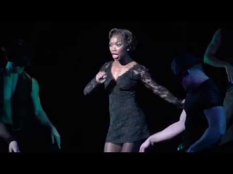 "Chicago the Musical: Brandy performs ""Roxie"" on Broadway"