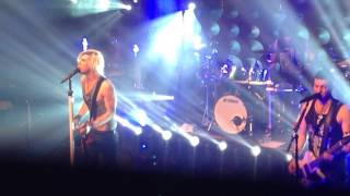 Marianas Trench - Who Do You Love? (Live) 11 22 2015