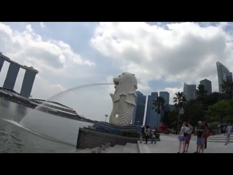 Testing the Sony HDR AS50 near Merlion Park and One Marina Boulevard