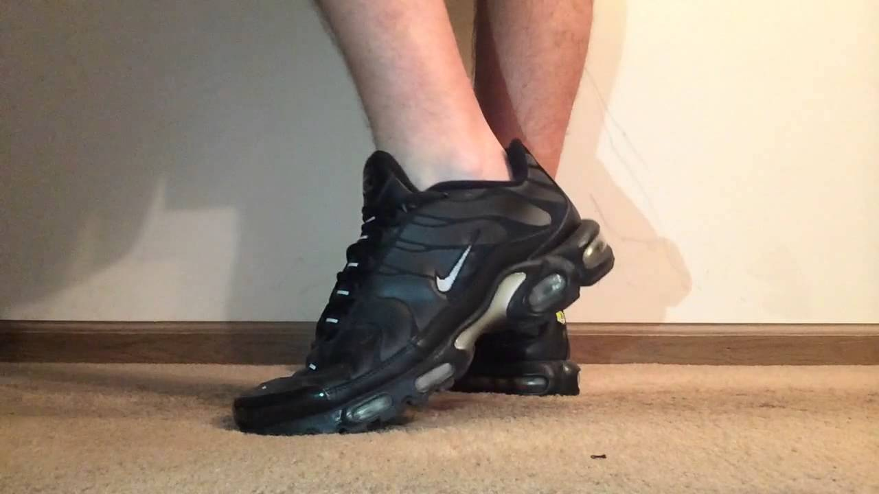 nike air max plus tuned 1 tn triple black