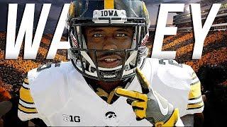 "Video ""Shiftiest RB In College Football"" || Akrum Wadley Official 2017-18 Iowa Highlights download MP3, 3GP, MP4, WEBM, AVI, FLV Juli 2018"