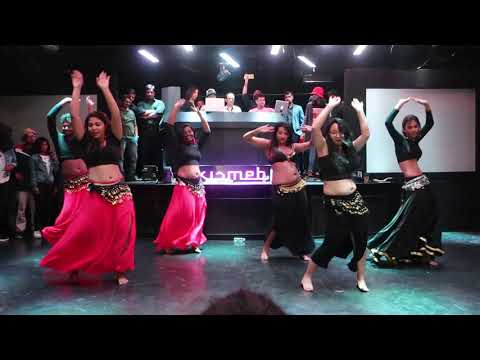 excellent-belly-dance-by-beautiful-girls- -india