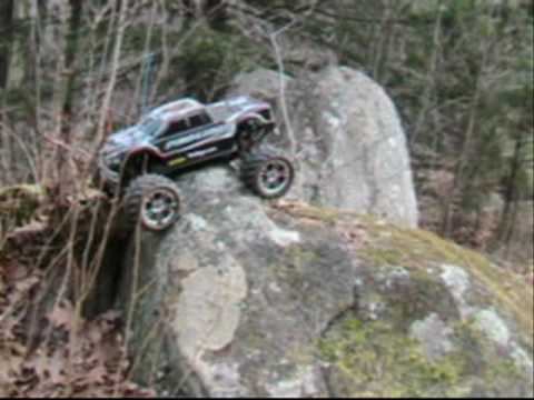 E-Maxx Rock Rage-this truck never stops amazing me, ands its just the beginning.......