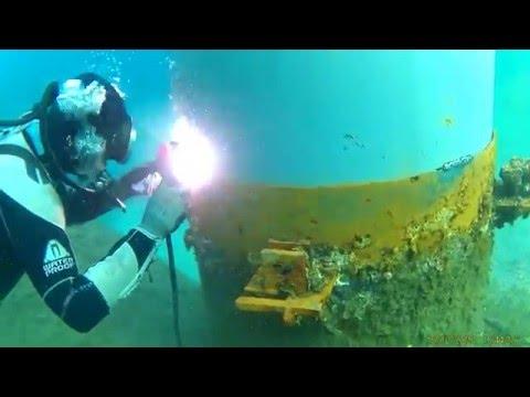 Underwater welding - Diver John Saperopoulos