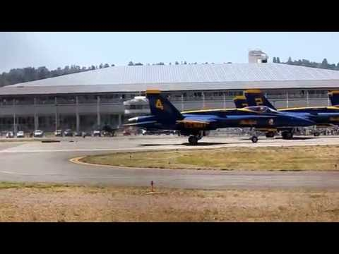 Blue Angels Takeoff From Boeing Field - 8/4/16 (1:15 - 2:40pm practice)