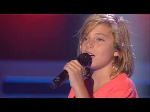 "Izan: ""Love Yourself"" - Audiciones a Ciegas - La Voz Kids 2017"