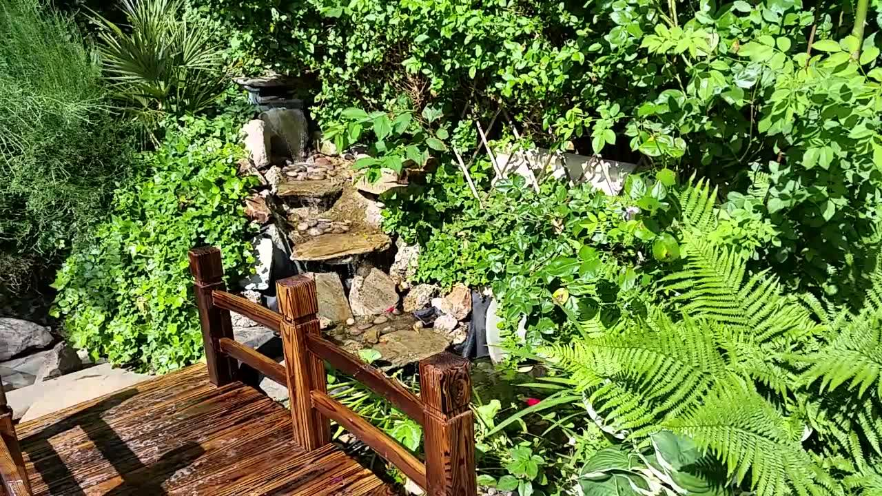Garden Pond Mini Bridge Waterfall