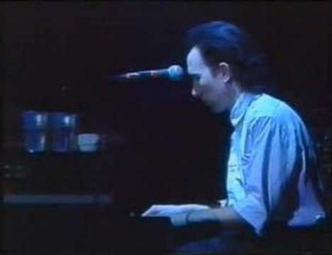 October (live from Dortmund 1984) mp3