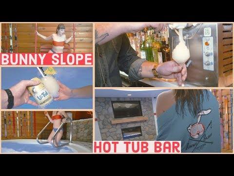 Hot. Tub. Bar.