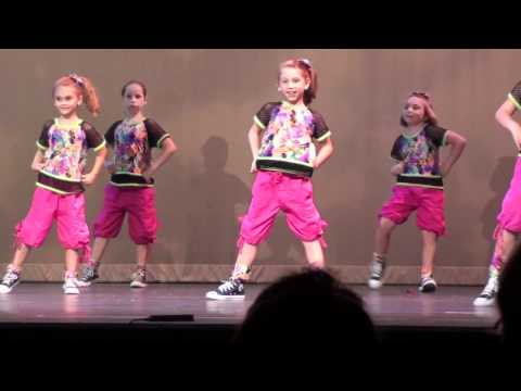Girls On The Dance Floor Hip Hop Recital 2012 Youtube
