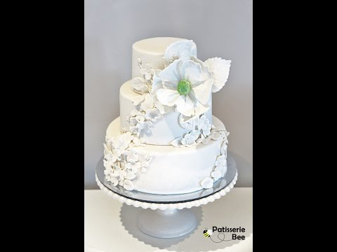 Simple and elegant floral wedding cake tutorial