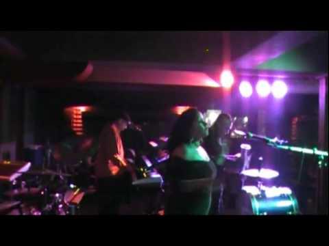 la maquina musical en vivo desde  palmeras en kansas city mo