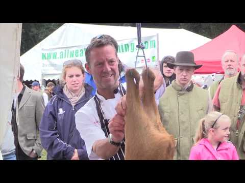 Countryside Alliance Butcher A Deer And Cook It Demonstration