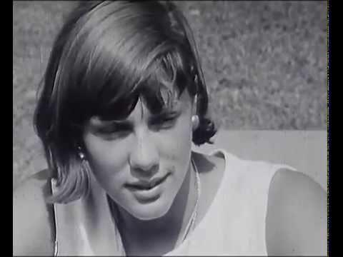 Christine caron record du monde 16 ans youtube for Christine caron piscine