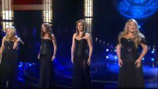 Celtic Woman - O Come All Ye Faithful (Adeste fideles) 2010