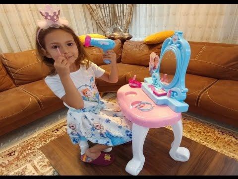 Elife Yeni karlar ülkesi Elsa Güzellik Seti hiç beğenmedik,eğlenceli çocuk videosu, toys unboxing
