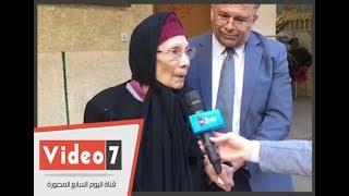 عميد طب طنطا يصطحب والدته للإدلاء بصوتها فى انتخابات الرئاسة