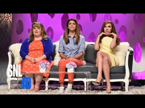 Girlfriends Talk Show with Scarlett Johansson