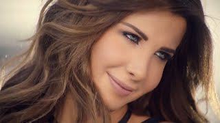 Nancy Ajram - Aamel Aekla (Official Clip) ????? ???? - ????? ???? ???? ?????