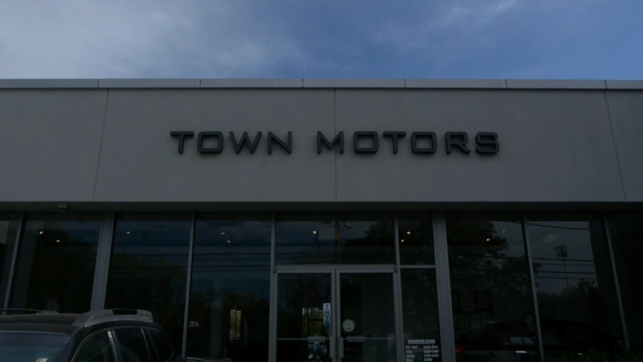 new york business video presents town motors lincoln