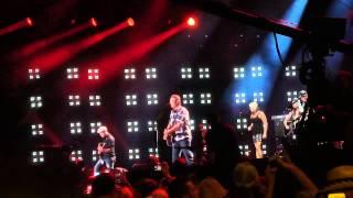 Blake Shelton - Austin (Live CMA Fest 2014)