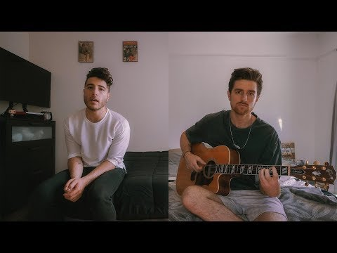 Смотреть клип Fly By Midnight - La Lonely