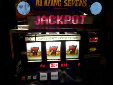 Lucky 777 slot machine