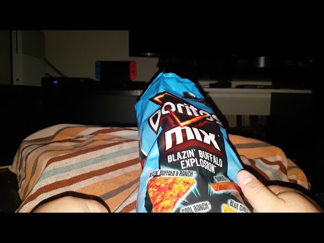 Test de goût Doritos mix Blazin' Buffalo explosion.