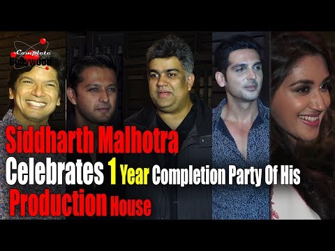 (UNCUT) Siddharth Malhotra Celebrate 1 Year Completion Party Of His Production House