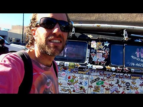 A Tour of OCEAN BEACH in San Diego, California: Hippie Surfer Paradise!