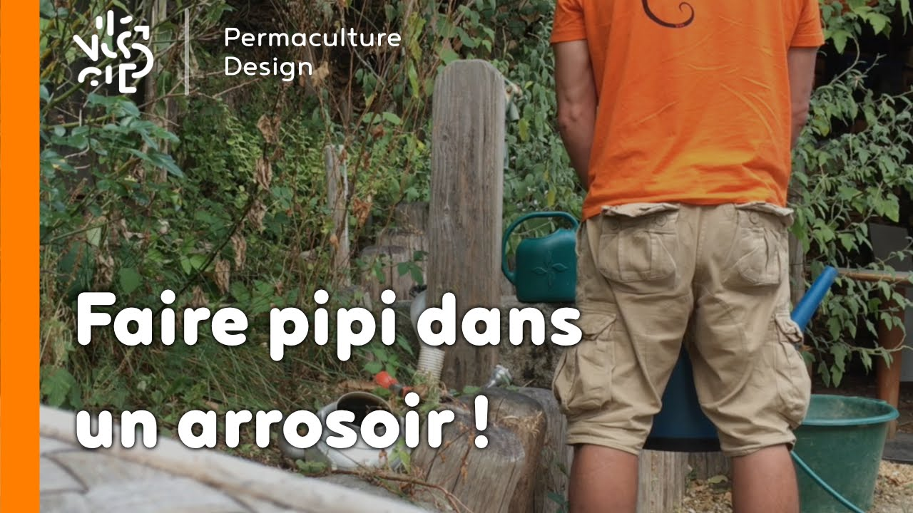 la minute permaculture 1 pourquoi faire pipi dans un arrosoir youtube. Black Bedroom Furniture Sets. Home Design Ideas