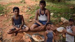 Forest Cooking and Eating Vaval Fish Fried on Tawa | Wild Food