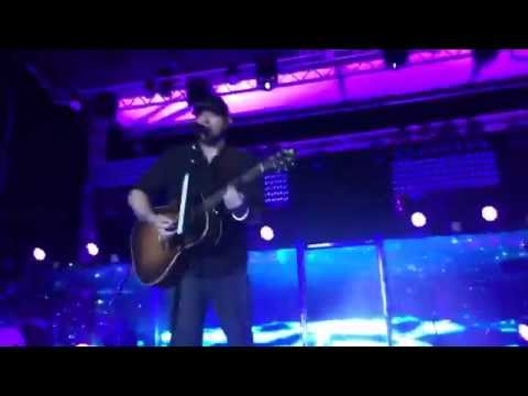 LEE BRICE & CHRIS YOUNG CONCERT!! - VLOG #5