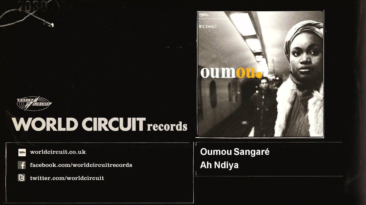 Download Oumou Sangaré - Ah Ndiya