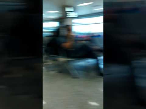 Cheguei no aeroporto de do Rio de Janeiro Olha que legal os aviões