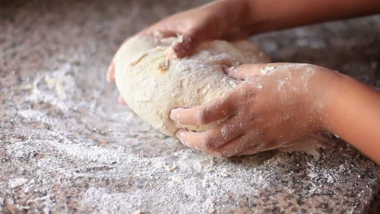 How to make pandesal filipino bread rolls simply bakings youtube forumfinder Choice Image